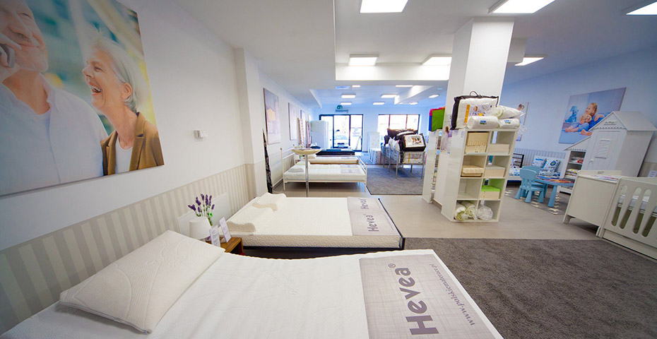 Salon Hevea widok łóżka i materace
